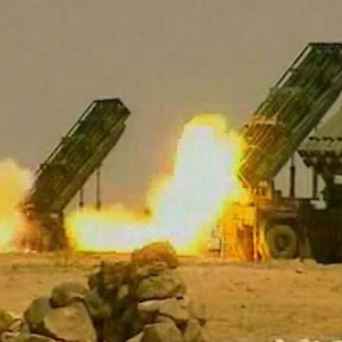 Missili M-302 in azione