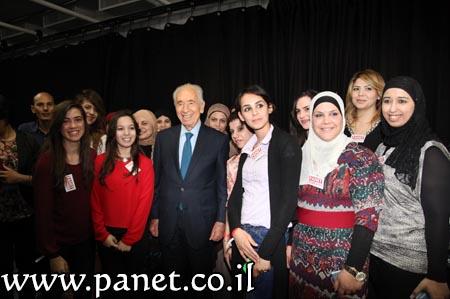 Peres con una parte dello staff di Panet