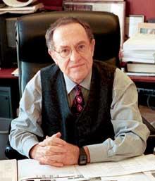 Alan Dershowitz, autore di questo articolo
