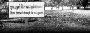 Genocidio: fossa comune in Cambogia