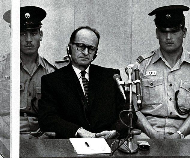 1961: Adolf Eichmann durante il processo a Gerusalemme