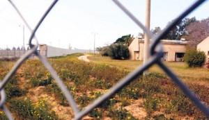 Case del kibbutz Kerem Shalom prospicenti il confine con la striscia di Gaza
