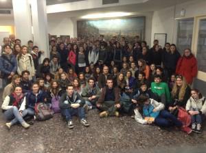 """Foto di gruppo all'Università di Gerusalemme dei partecipanti alla scorsa edizione del viaggio """"Alla scoperta di Israele"""""""