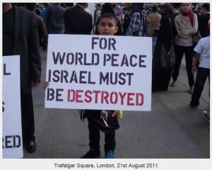 """""""Per la pace mondiale, Israele deve essere distrutto"""", dice il cartello"""