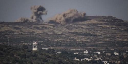 Scontri della guerra civile siriana fotografati dal versante israeliano del confine