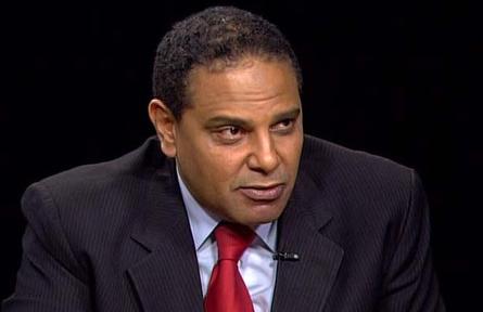 Il romanziere egiziano Alaa Al Aswany