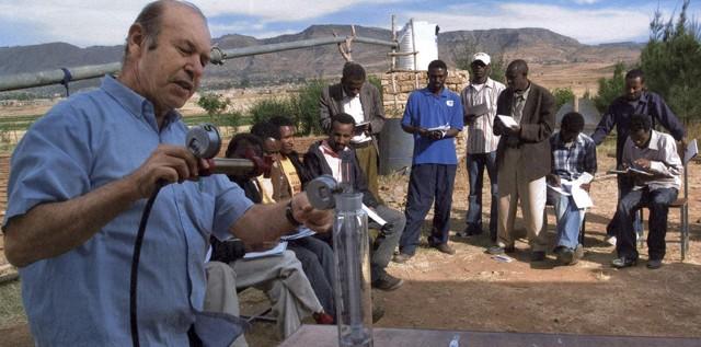 Presidente abu mazen invece di calunniare israele all for Tecniche di irrigazione