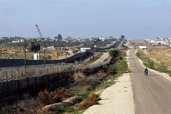 Il confine fra striscia di Gaza e Sinai egiziano