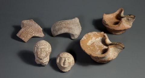 Vari reperti dallo strato della fine del periodo del Primo Tempio, nella Città di David a Gerusalemme