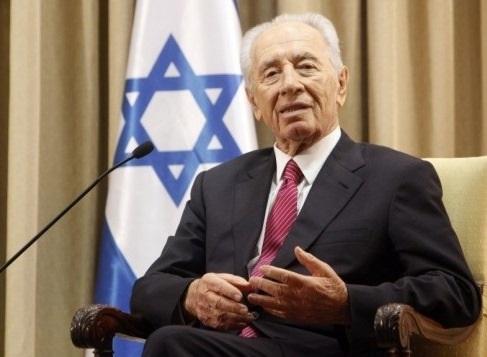 Il presidente d'Israele Shimon Peres, 90 anni, nella sua residenza ufficiale  a Gerusalemme (foto d'archivio)