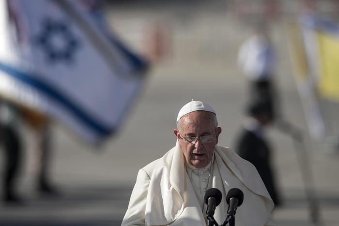 Papa Francesco al suo arrivo domenica in Israele