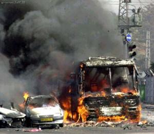 "Attentato contro un autobus israeliano durante la ""seconda intifada"""