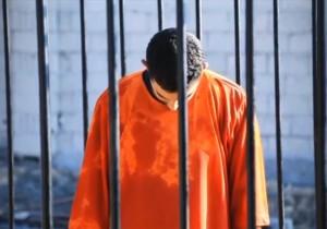 I veri crimini di guerra: Muath al-Kasaesbeh, pilota giordano, bruciato vivo dagli jihadisti dell'ISIS