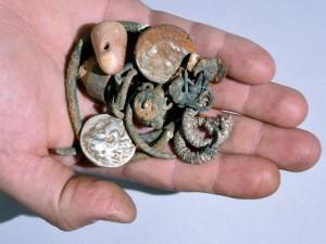 Monete e gioielli di 2.300 anni fa