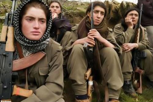 Combattenti peshmerga in Kurdistan
