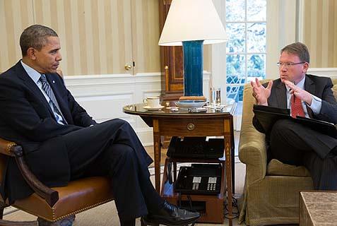 Jeffrey_Goldberg_(a destra) durante un'intervista al presidente Usa Barack Obama