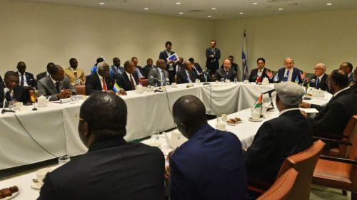 L'incontro fra il primo ministro israeliano Benjamin Netanyahu e i leader di 15 stati africani, lo scorso 22 settembre a New York